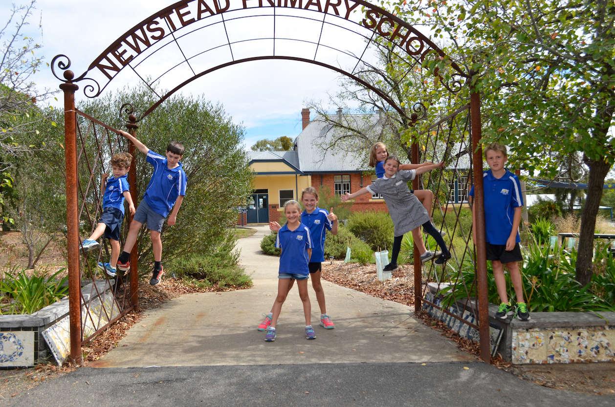 Newstead Primary School students